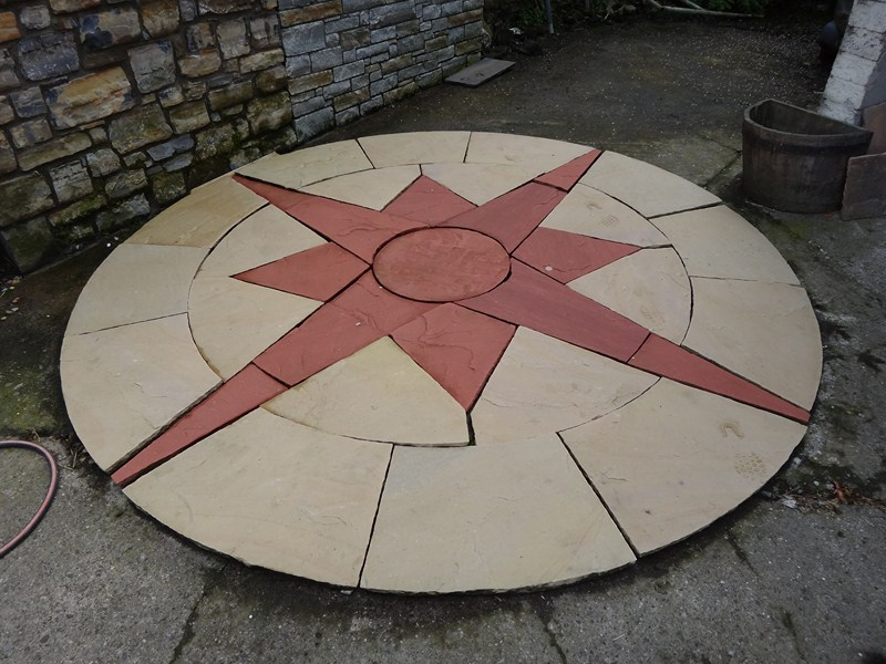 3m round sandstone neutrical star