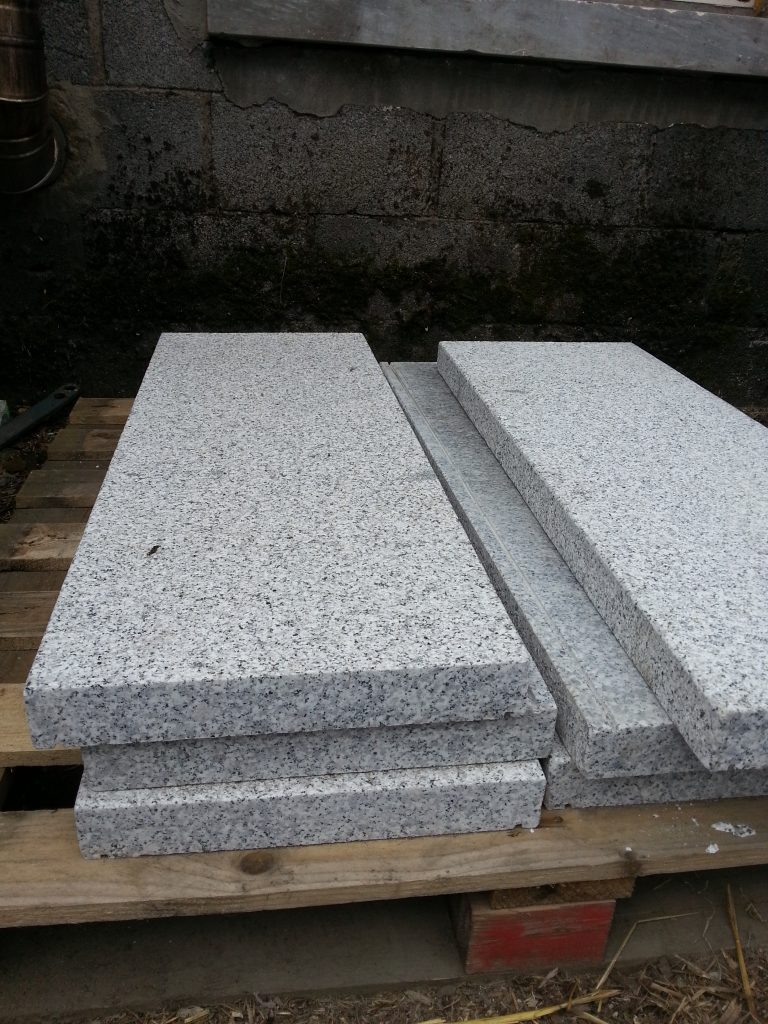 Silver Grey Granite Wall Cap